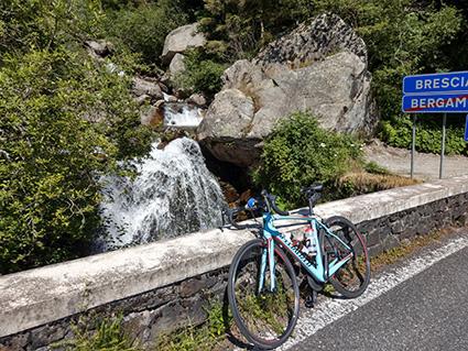 Wasserfall auf dem Weg zum Vivione