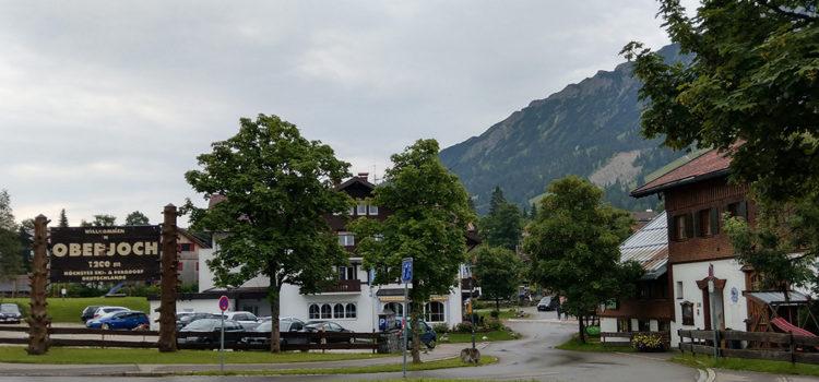 Oberjochpass Schild